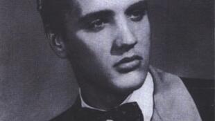 La légende du rock'n roll, Elvis Presley à ses débuts en 1954.
