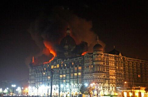 發生在孟買的2008年系列襲擊事件,共造成至少166人死亡,另有300多人受傷震驚世界