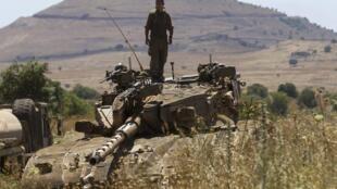 Aviação israelense bombardeou posições sírias em Golã, depois de um ataque sírio que matou um menino israelense de 13 anos.