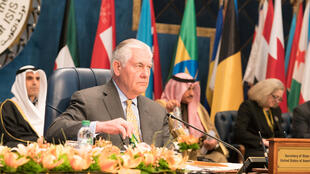 رکس تیلرسون وزیر امور خارجه آمریکا در کنفرانس بازسازی عراق در کویت