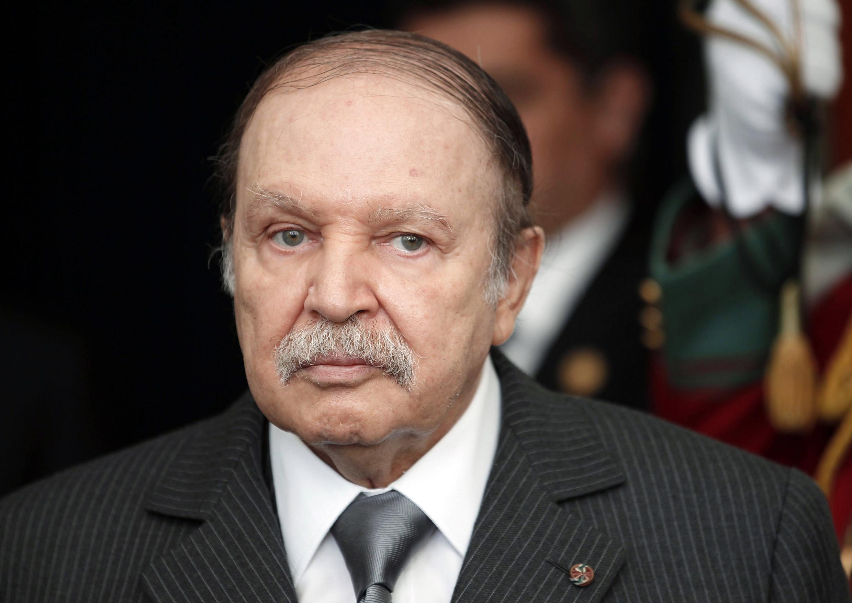 Abdelaziz Bouteflika a été admis à l'Hôpital du Val-de-Grâce, à Paris, ce samedi 27 avril 2013.