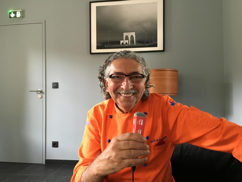 法國米其林星級廚師提倡用茶葉做法餐的Alain Alexanian接受法廣專訪,2019年9月。