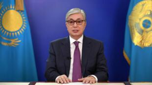 Касым-Жомарт Токаев выступил с заявлением о решении провести в стране досрочные президентские выборы, 9 апреля 2019