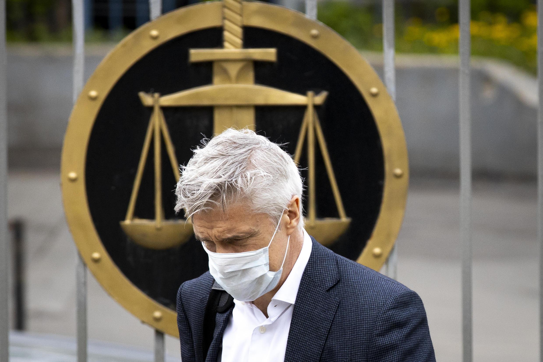 Майкл Калви перед зданием суда в Москве (архив 07/05/2020)