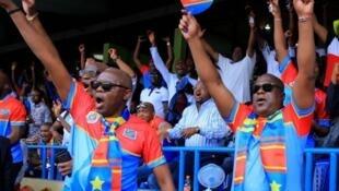 Rais wa DRC Felix Tshisekedi akisherehekea bao katika mechi muhimu dhidi ya Liberia, Machi 24 2019
