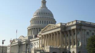 No Capitólio, republicanos são minoria no Senado, mas maioria na Câmara dos Representantes.
