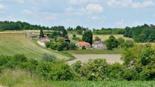 Montmoreau_16_Habitat_rural&cultures_2013c