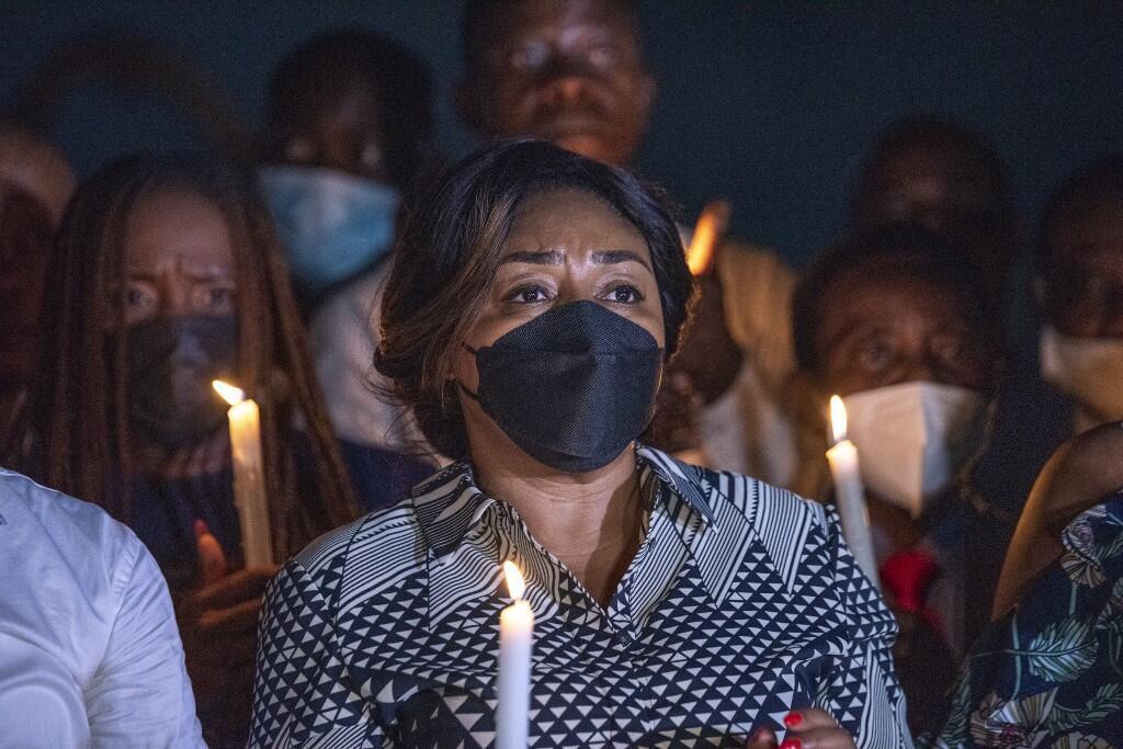L'épouse du président congolais, Denise Nyakeru Tshisekedi lors d'une veille pour les sinistres de Goma suite à l'éruption du volcan Nyiragongo le 31 mai 2021 à Kinshasa.