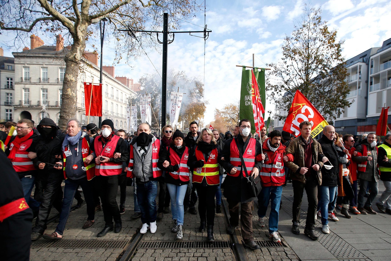 Biểu tình phản đối cải luật Luật Lao động của chính phủ Pháp tại Nantes, ngày 16/11/2017.