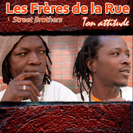 Les frères de la rue, chanteurs.