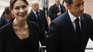 法国总统萨科齐与夫人卡拉-布鲁尼
