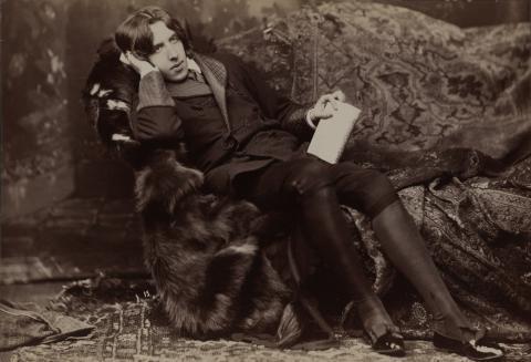 Oscar Wilde fotografado em Nova York por Napoleon Sarony em 1882