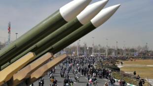 2021年2月10日,伊朗人在德黑蘭的阿紮迪(自由)廣場紀念伊斯蘭革命42周年。