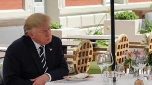 دونالد ترامپ، رییس جمهوری آمریکا بار دیگر تهدید کرد که تعرفههای گمرکی بر شراب وارداتی از فرانسه را افزایش خواهد داد.