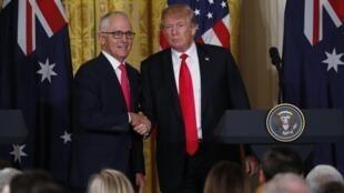 Tổng thống Mỹ Donald Trump và thủ tướng Úc Malcolm Turnbull trong cuộc họp báo chung tại Nhà Trắng ngày 23/02/2018.