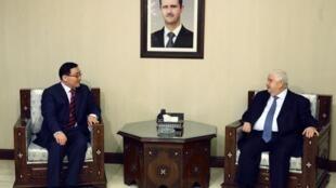 敘利亞外長在大馬士革會見中國駐敘利亞大使李華新。