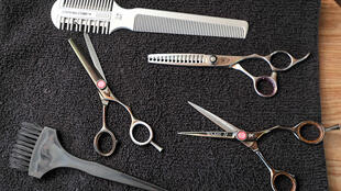 Outils de coiffeur. (Photo d'illustration)