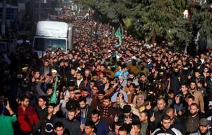 巴勒斯坦人举行示威抗议。2017-12-09