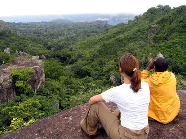Le Rocher des Vautours appelé Petteh Djiga, à Fouta-Djalon, en Guinée.