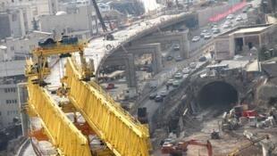 قرارگاه خاتمالانبیاء سپاه پاسداران بیش از نیمی از پروژههای عمرانی شهر تهران را در دست خود دارد