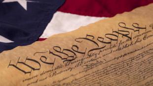 Le mode de désignation du président des Etats-Unis est inscrit dans la Constitution américaine de 1787.