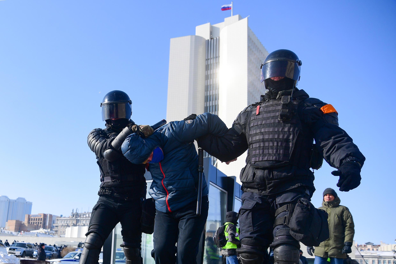 Задержания участников акции во Владивостоке, 31 января 2021.