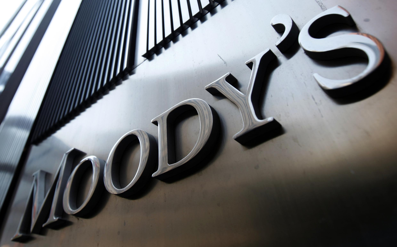 Agência de notificação de risco Moodys rebaixa nota de confiança da França.
