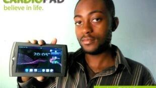 Arthur Zang, le jeune ingénieur camerounais qui a conçu le Cardiopad.