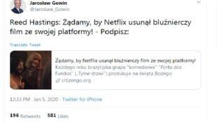 """""""Reed Hastings: exigimos que a Netflix remova o filme blasfemo de sua plataforma"""", escreveu o político conservador polonês no Twitter."""