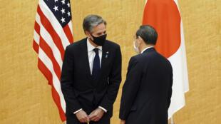 日本首相菅义伟3月16日在首相官邸会晤来访的美国国务卿布林肯。