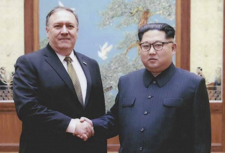 Ảnh tư liệu: Chủ tịch Bắc Triều Tiên Kim Jong Un tiếp ngoại trưởng Mỹ Mike Pompeo tại Bình Nhưỡng ngày 26/04/2018.