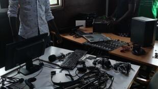 Rádio privada Capital FM, uma das mais críticas ao actual executivo na Guiné-Bissau, foi alvo de vandalismo.