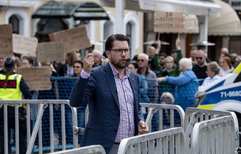 Jimmie Åkesson, leader du parti d'extrême droite Démocrates de Suède (DS) en tournée électorale le 31 août 2018.