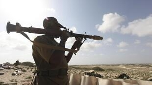 L'armée kényane a annoncé avoir lancé un assaut la nuit dernière contre le dernier bastion des insurgés islamistes en Somalie.