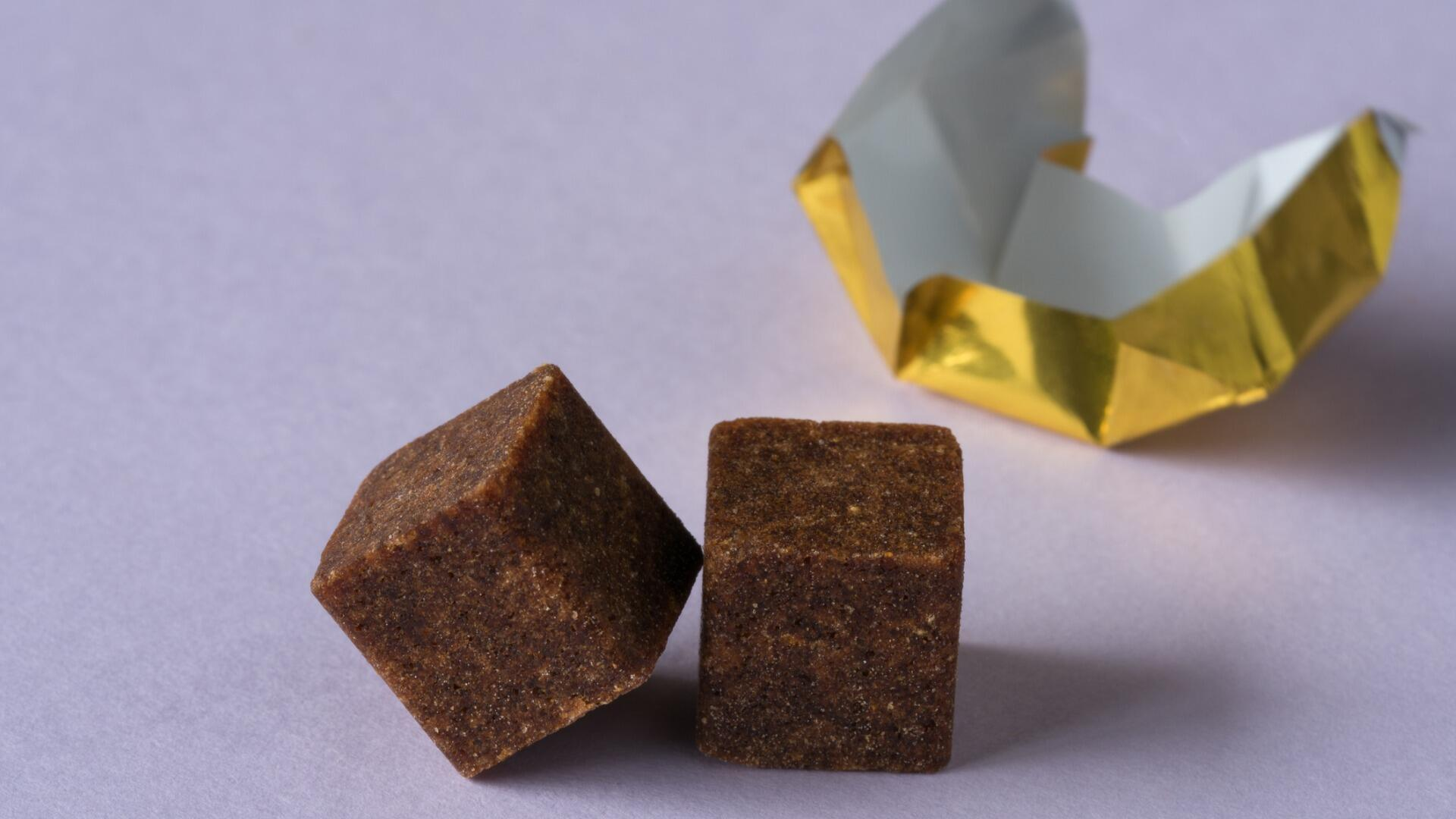 illustration bouillons cube cubes alimentaires cubes maggi