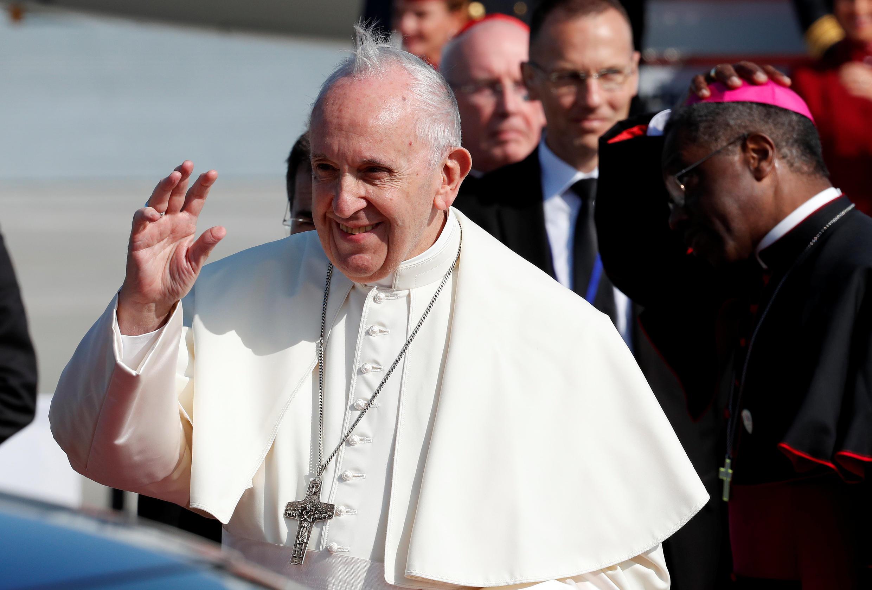 El papa Francisco en el aeropuerto internacional de Dublín, en Irlanda, el 25 de agosto de 2018.