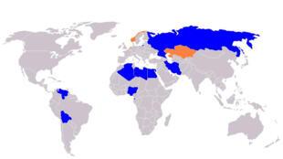 En bleu, les États membres, en orange, les États observateurs, du Forum des pays exportateurs de gaz.