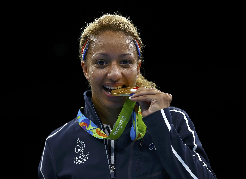 Estelle Mossely remporte l'or à Rio.