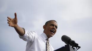 Barack Obama, lors d'une intervention devant la presse le 3 octobre 2013, accuse les républicains de mettre en péril l'économie américaine.