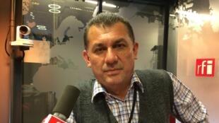 Celso Aguilera, journaliste à la radio Ñasaindy à San Pedro au Paraguay :  les journalistes s'autocensurent par peur». Il dénonce l'impunité des crimes contre les journalistes.