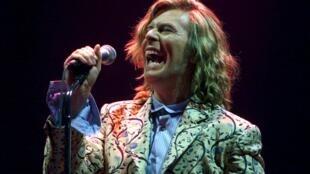 Dawid Bowie, em junho de 2000.