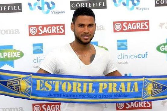 Babanco, internacional cabo-verdiano, assinou pelo Estoril Praia por três temporadas