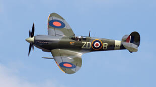 Spitfire similar to the one being flown by the British aviators