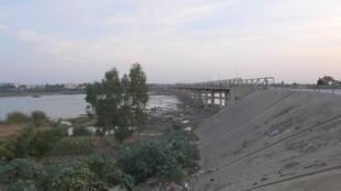 Le pont traversant le fleuve Sénégal à Kayes (image d'illustration).