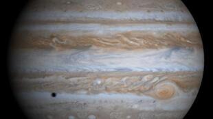 Jupiter est la plus grosse planète du système solaire.