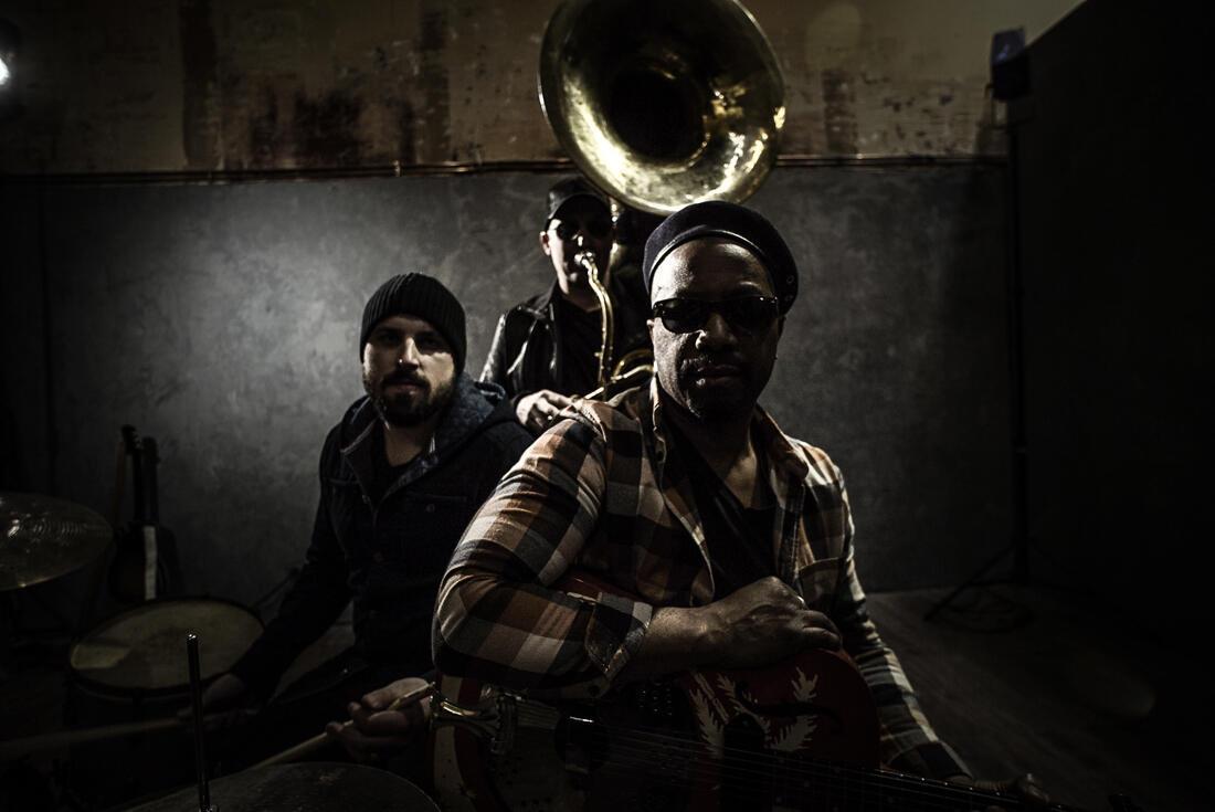 Delgres sort son premier album blues rock «Mo Jodi».