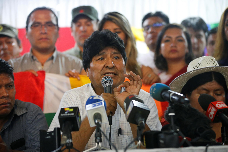 Refugiado na Argentina, Evo Morales registra sua candidatura ao Senado para as eleições bolivianas