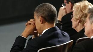 Барак Обама на траурной церемонии в школе в Ньютоне, Коннектикут 16/12/2012