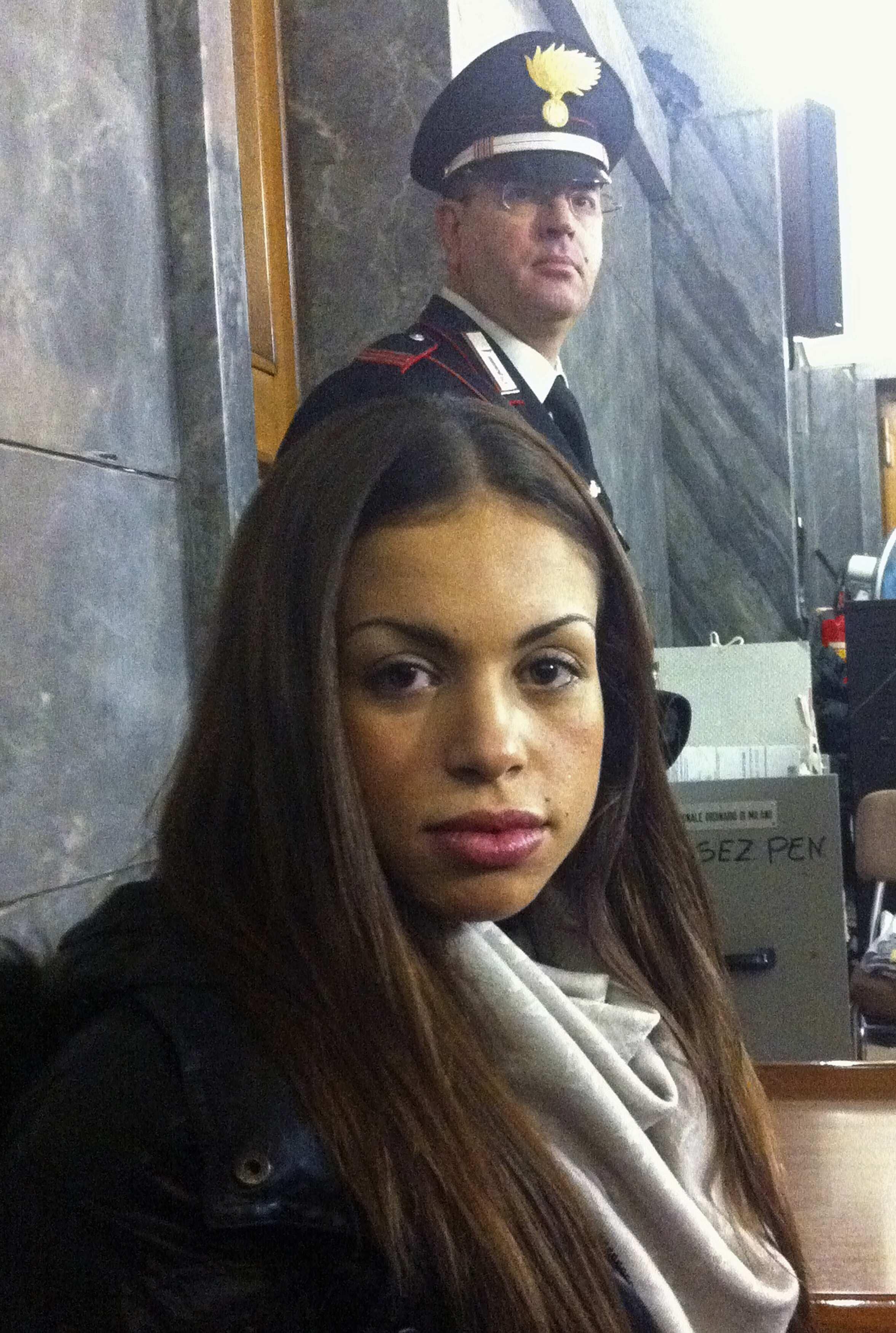 Karima El Mahroug, más conocida como Ruby, tuvo relaciones con Silvio Berlusconi cuando ella era menor de edad.