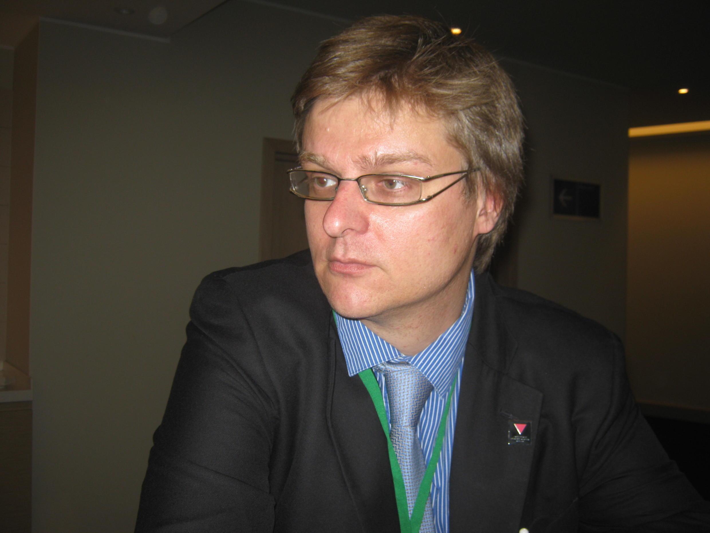 Бывший преподаватель СПбГУ, а ныне - приглашенный исследователь Колумбийского университета Дмитрий Дубровский